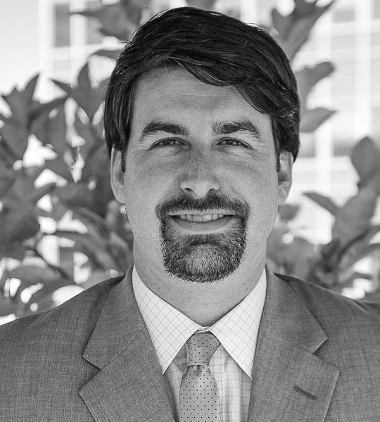 Daniel E. Graves | Partner
