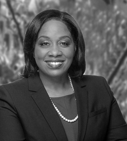 Kia E. Myers Holsey  |  Partner